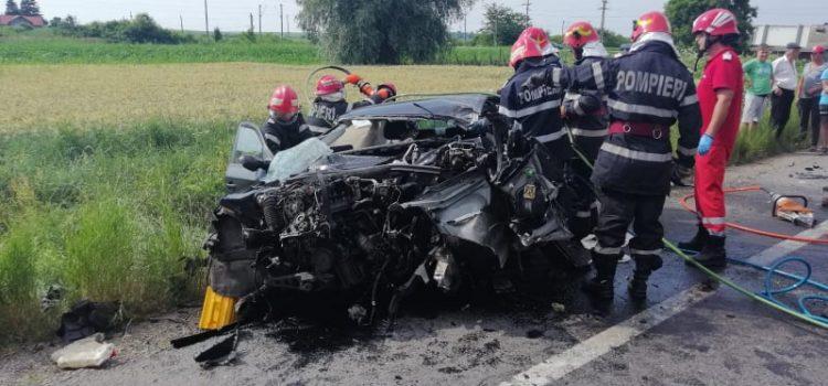 Neamţ: Accident rutier teribil la Secuieni. Şoferul mort, copilul , la spital