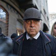 Fostul primar din Piatra Neamţ -Gheorghe Ştefan, condamnat la trei ani şi nouă luni de închisoare pentru trafic de influenţă