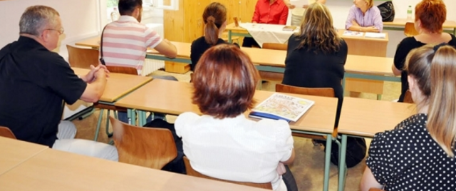 Neamţ: aproape 18% dintre potenţialii profesori-învăţători nu au luat nici măcar nota 5