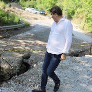 Studiu: Aflux de apă subterană în zona drumului care duce la Bisericani. Se cere opinia specialiştilor universitari