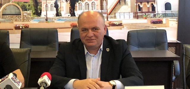 Piatra Neamţ: impozit dublu pentru unele bunuri, zero pentru altele. Facilităţi fiscale aprobate de Consiliul Local