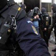Piatra Neamţ: arestaţi pentru deţinere de droguri şi substanţe psihoactive
