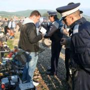 Neamţ: Poliţia-Criminalistică şi inspectorii sanitari, în târg la Oniceni