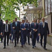 """Mugur Cozmanciuc: """"Sumă record obţinută de Klaus Iohannis pentru România!""""; aproape 80 de miliarde de euro"""