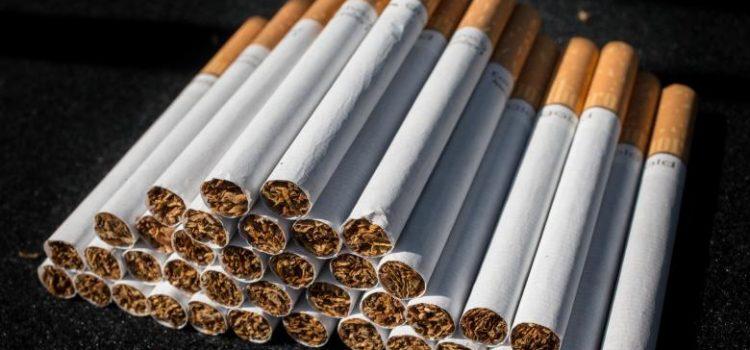 Comerţ cu ţigarete netimbrate şi alcool, lovit în plin de Poliţie la Piatra Neamţ