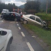 Accident cu victime în apropierea Spitalului Bicaz.Personalul medical a coborât pentru primul ajutor