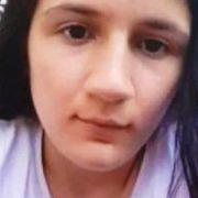 Fetiţă de 12 ani, căutată de o mamă disperată